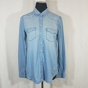 AEO Boyfriend Pearl Snap Down Chambray Shirt
